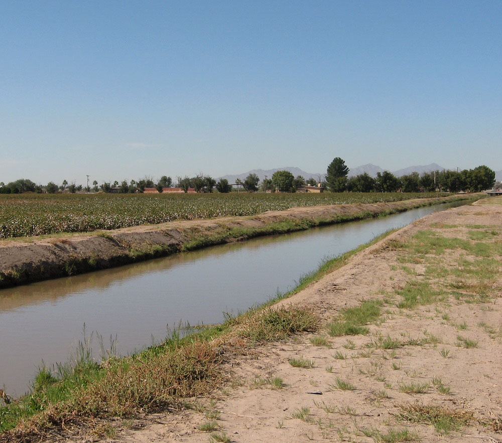 Agricultural Irrigation Canal : El paso missions